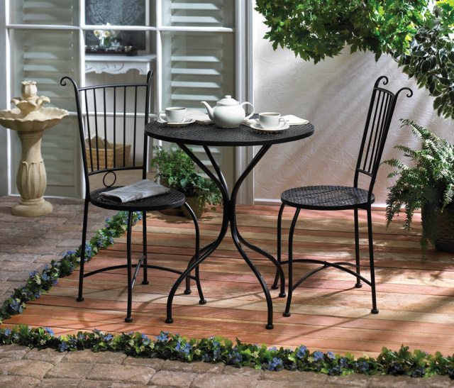 Elegant Patio Set